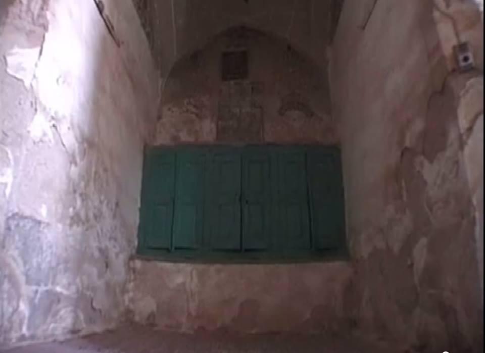 Ezekiel Prophet Torah ark in Iraq Al Kifl قبر حزقيال (ذو الكفل)